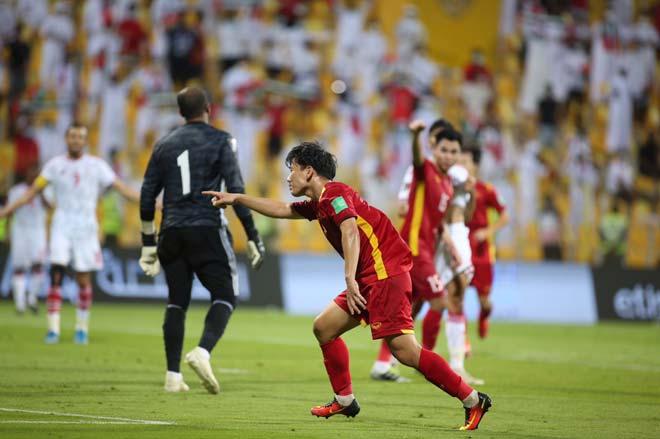 Minh Vương đá hay nhất trận gặp UAE, lại bén duyên đốt lưới ông lớn châu Á - 1