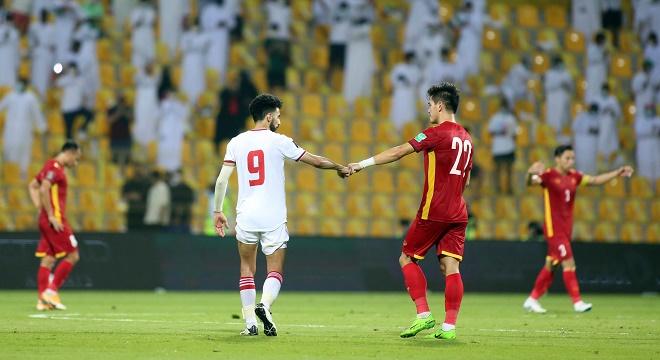 Suýt bị ĐT Việt Nam cầm hòa, báo UAE thừa nhận đội nhà sợ hãi - 1