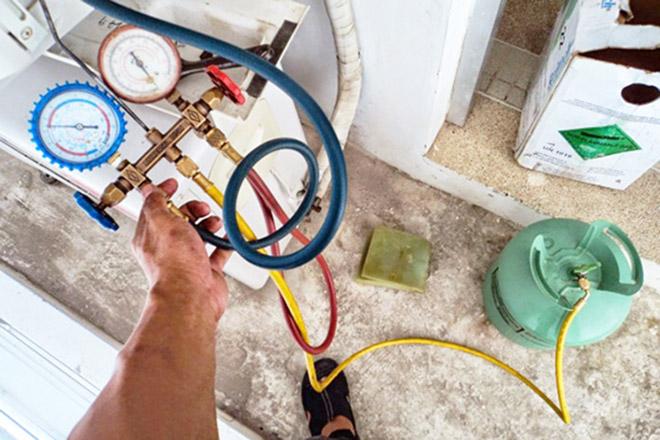 Làm thế nào để tránh bị thợ lừa nạp gas điều hòa? - 1