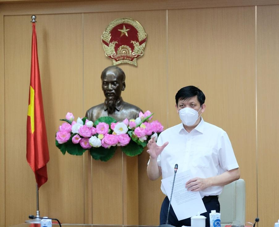 Bộ trưởng Bộ Y tế: Khoảng 70 triệu người Việt sẽ được tiêm vắc-xin phòng COVID-19 - 1