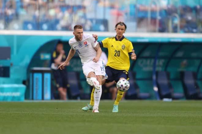 Video Thụy Điển - Slovakia: Cay đắng penalty, phút 90+5 nghẹt thở (EURO) - 1