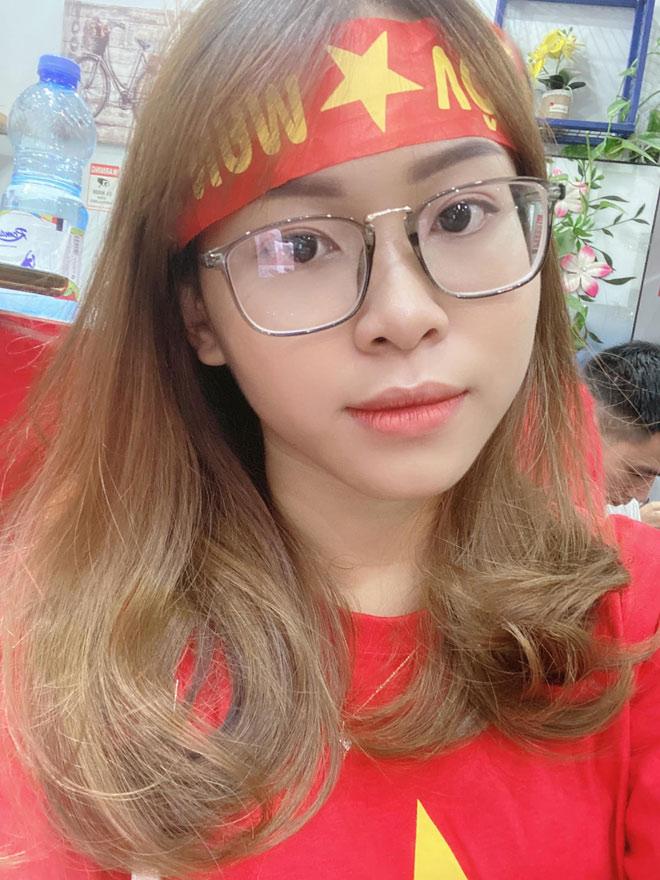 Nữ CĐV thần tượng Công Phượng kể chuyện đi cổ vũ tuyển Việt Nam tại UAE - 1
