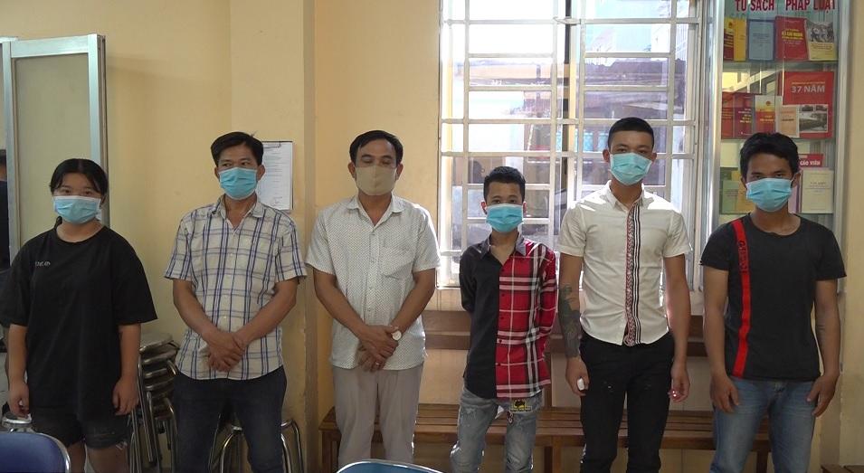 Công an bắt băng chém trước, cướp sau ở Sài Gòn - 1