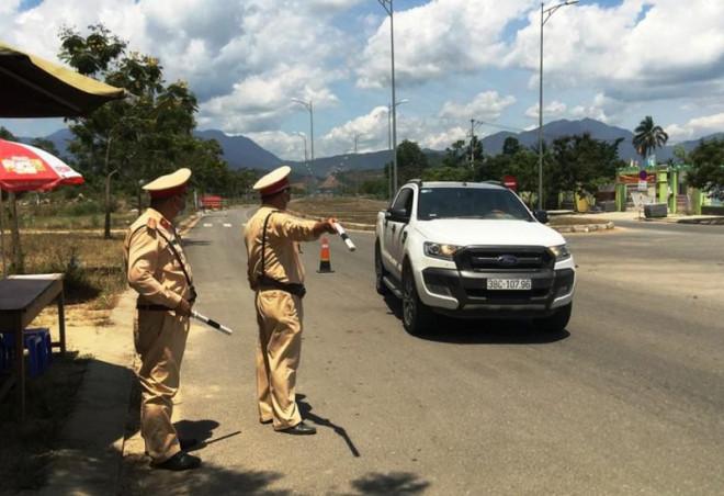 Đà Nẵng làm việc với Bộ Công an về quy trình kiểm soát xe đi ngang qua thành phố - 1