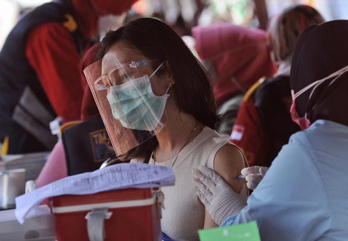 Indonesia ghi nhận số ca nhiễm Covid-19 tăng cao nhất kể từ tháng 1 - 1