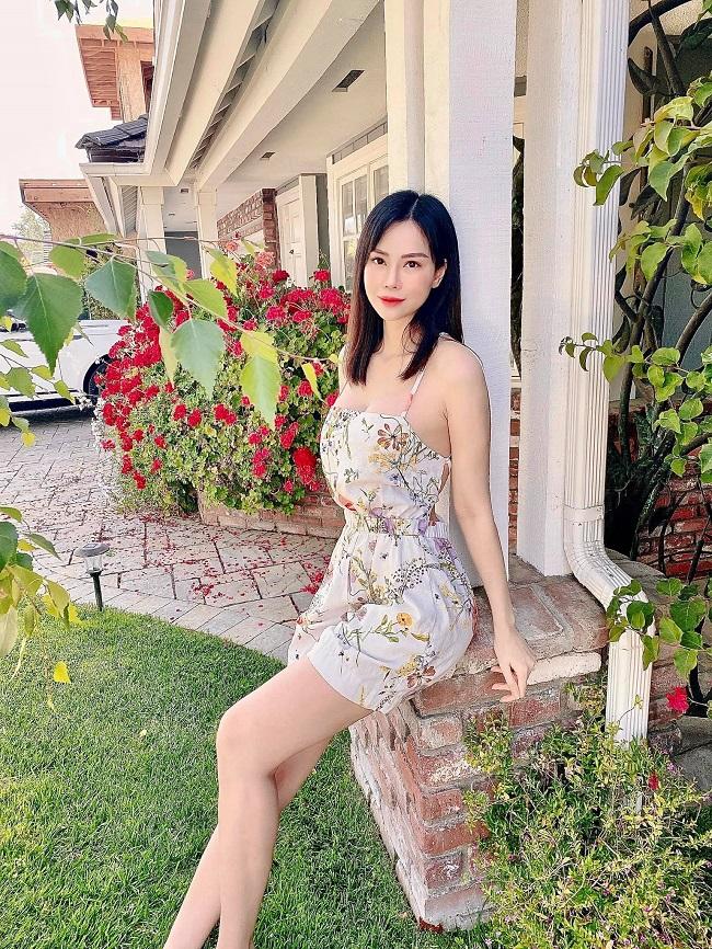 Đào Lan Phương được biết đến là người mẫu nổi tiếng của làng giải trí Việt. Khi sự nghiệp thăng hoa, cô bất ngờ tuyên bố kết hôn với con trai của tỷ phú Hoàng Kiều khiến cư dân mạng bất ngờ.