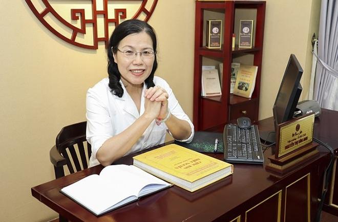 Tiến sĩ, bác sĩ Nguyễn Thị Vân Anh - Vị danh y tận tâm, hết lòng vì người bệnh - 1