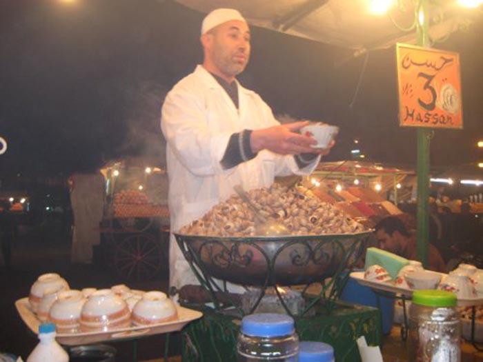 Ốc sên luộc, từ món ăn đường phố đến món ăn cao cấp của người Ma-rốc - 1
