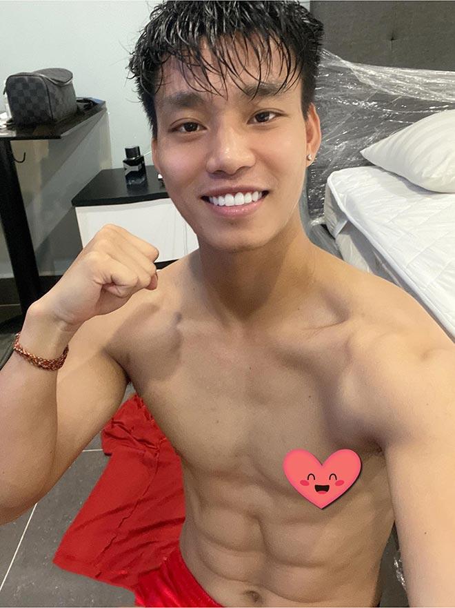"""Tuyển thủ Văn Thanh khoe """"ảnh nóng"""" từ khu cách ly ĐTVN, nhận """"bão like"""" - 1"""