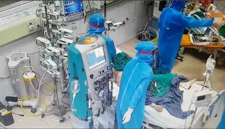 169 bệnh nhân COVID-19 nặng, 13 ca phải can thiệp tim phổi nhân tạo - 1