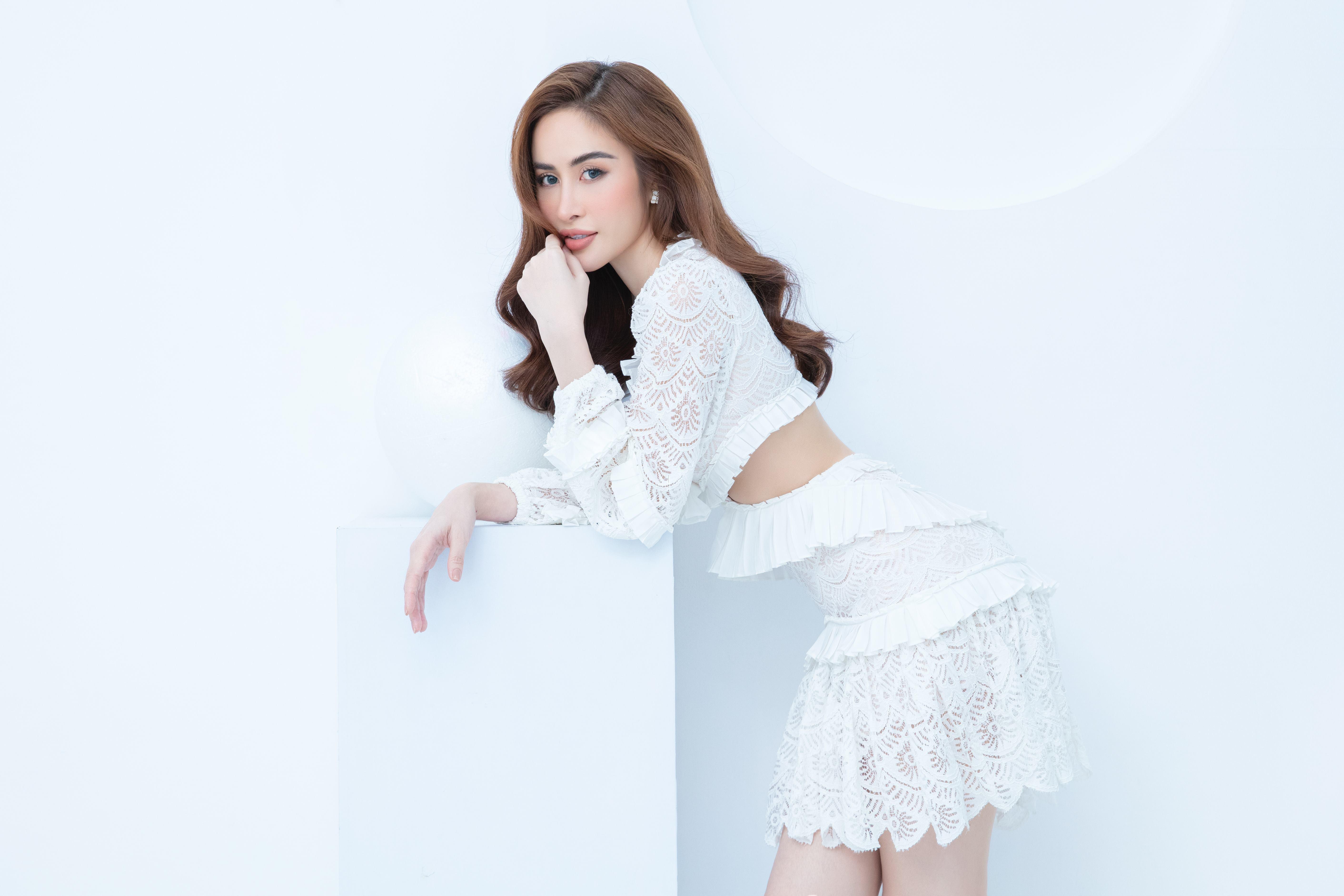 Hoa hậu quê Bạc Liêu khoe body nóng bỏng - 3