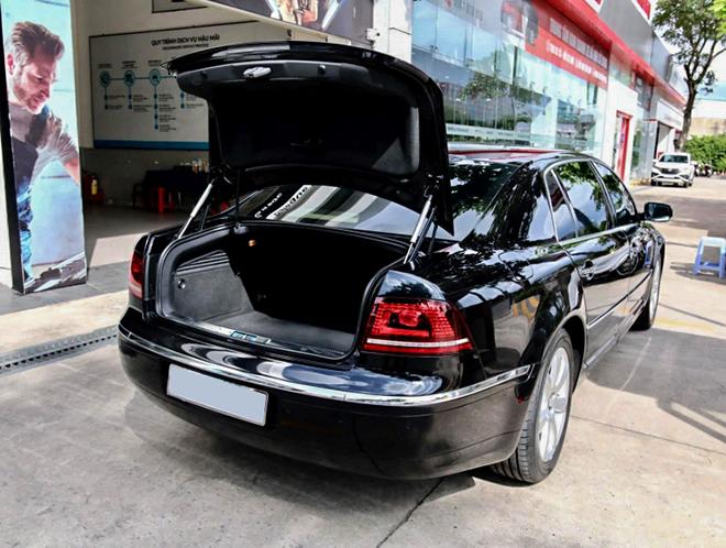 Hàng hiếm Volkswagen Phaeton rao bán chưa đến 1 tỷ đồng tại Việt Nam - 7