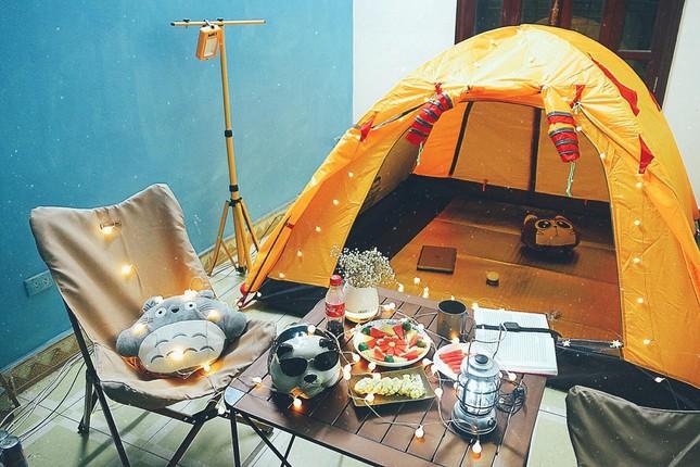 """Ở nhà vẫn """"lạnh gáy"""": Cắm trại ngay trong nhà mình, tại sao không?  - Đầu tiên"""