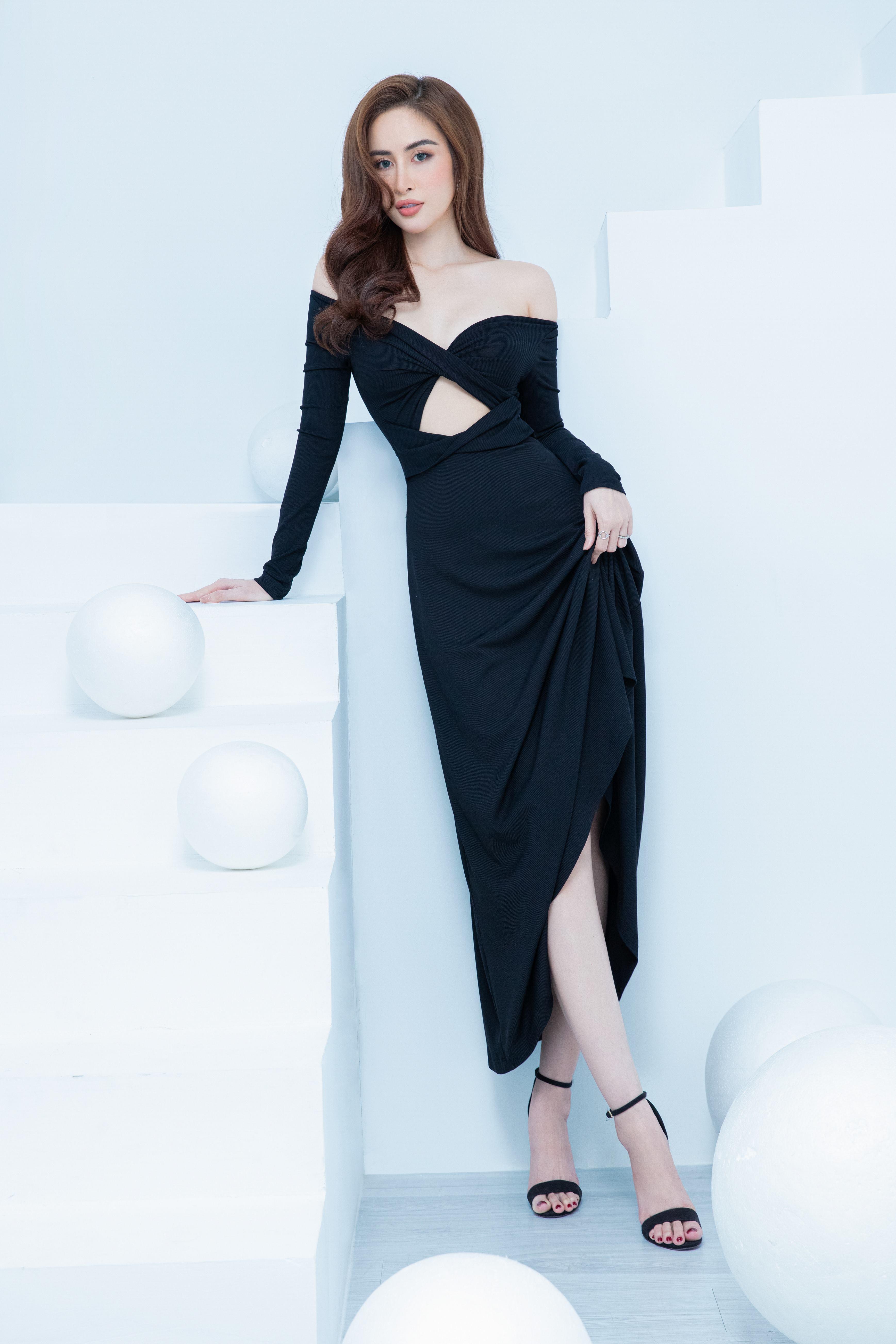 Hoa hậu quê Bạc Liêu khoe body nóng bỏng - 7