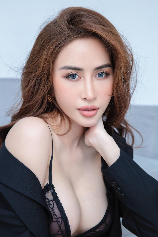 Hoa hậu quê Bạc Liêu khoe body nóng bỏng - 9