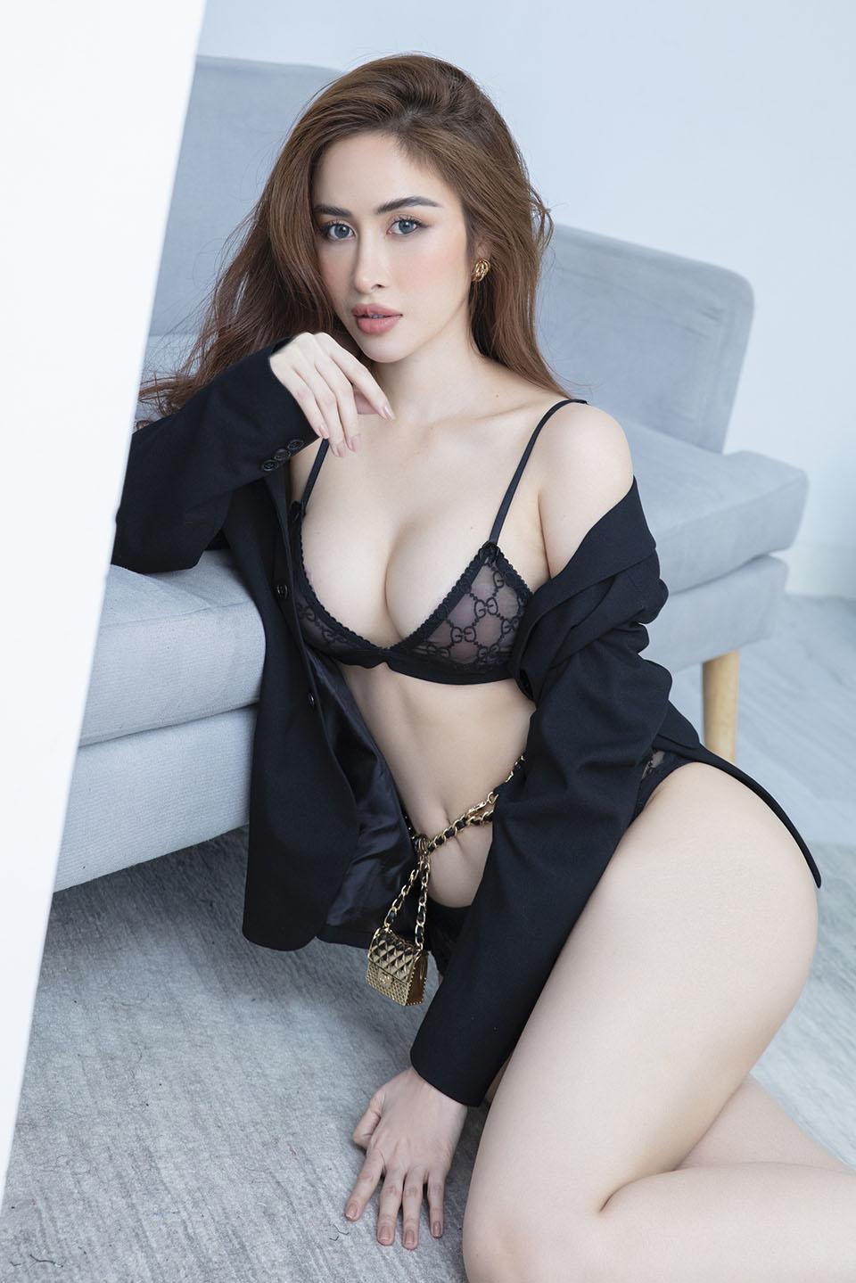 Hoa hậu quê Bạc Liêu khoe body nóng bỏng - 10