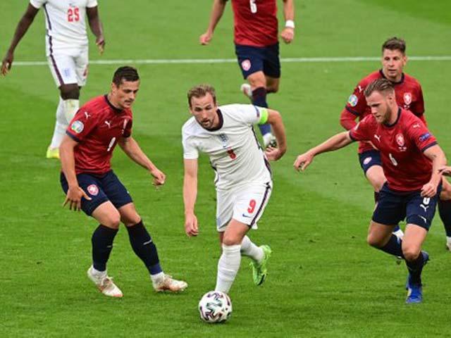 """8 anh hào vào vòng 1/8 EURO: Chờ thêm 4 """"ông lớn"""" tạo 3 trận """"đại chiến"""" - 1"""