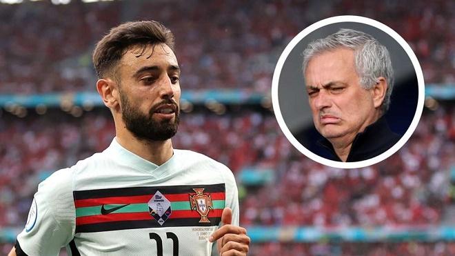 """Bồ Đào Nha lo lắng chuẩn bị đấu ĐT Pháp: Fernandes bị Mourinho chê """"tàng hình"""" - 1"""