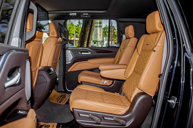 Cadillac Escalade mới trang bị động cơ V8 đầu tiên có mặt tại Việt Nam - 15