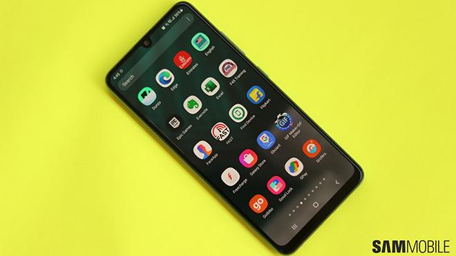 """Top 10 smartphone bán """"chạy"""" nhất tại Việt Nam, bất ngờ với top 4 - 1"""