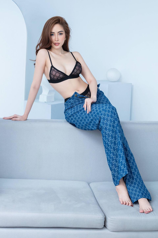 Hoa hậu quê Bạc Liêu khoe body nóng bỏng - 5
