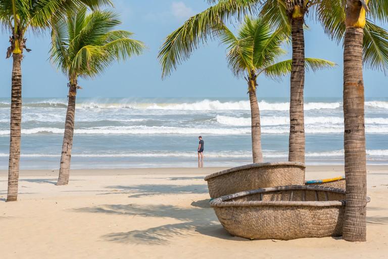 Những bãi biển tuyệt đẹp ở Việt Nam phù hợp với những người mê lướt sóng - 1