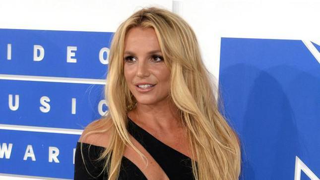 Thế giới sốc trước lời khai của Britney Spears tại tòa: Bị ép sống như nô lệ suốt 13 năm - 1