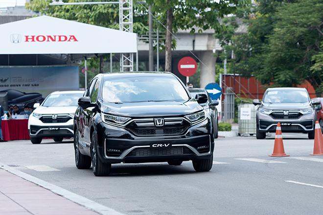 Bất ngờ Honda CRV giảm giá 150 triệu đồng tại một số đại lý - 1