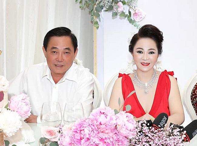 CEO Nguyễn Phương Hằng tạm ngừng quỹ từ thiện nghìn tỷ - 1