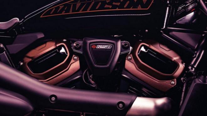 Harley-Davidson sắp ra mắt mô tô phân khối lớn hoàn toàn mới - 1
