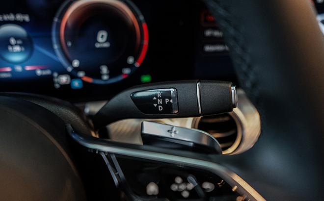 Mercedes-Benz E180 có gì mới để thu hút khách hàng Việt với mức giá 2 tỷ đồng - 9