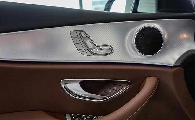 Mercedes-Benz E180 có gì mới để thu hút khách hàng Việt với mức giá 2 tỷ đồng - 7