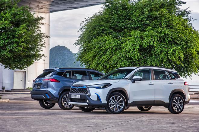 Khách hàng mua xe Toyota Corolla Cross phải chờ trong bao lâu? - 1