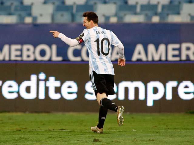 """Messi vô đối sau vòng bảng Copa America, 3 bàn nữa sẽ """"hạ bệ"""" Vua Pele - 1"""