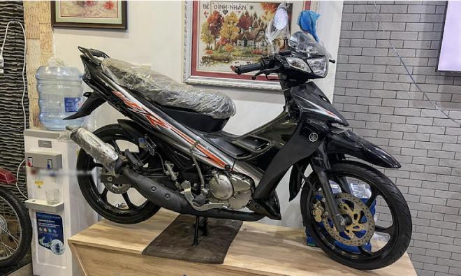 """Xe côn tay """"cá mập"""" Yamaha 125ZR giá 500 triệu đồng, gây choáng làng chơi xe - 1"""
