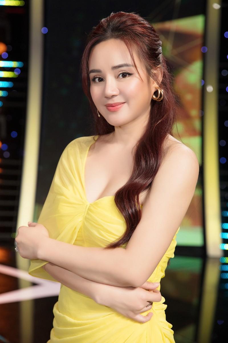 Vy Oanh mời công an vào cuộc, làm đơn tố cáo bà Nguyễn Phương Hằng