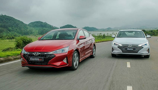 Giá xe Hyundai Elantra lăn bánh tháng 7/2021, từ 580 triệu đồng - 1