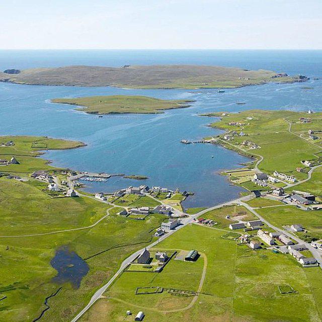 Bất ngờ hòn đảo Anh được rao bán với giá bèo kỷ lục - 1
