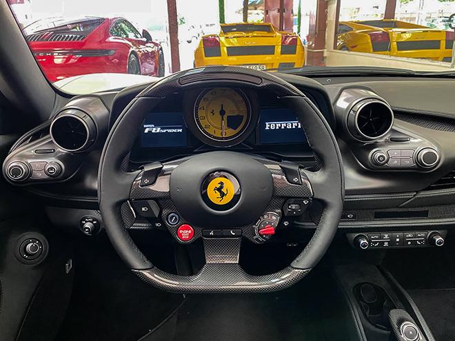 Chi tiết siêu xe Ferrari F8 Tributo màu trắng độc nhất Việt Nam - 8