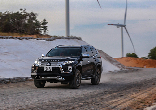 Mitsubishi Pajero Sport sản xuất năm 2020 giảm giá sâu với số lượng hạn chế - 4