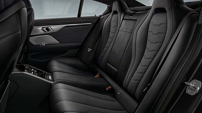 Ngắm bản đặc biệt Frozen Black của dòng xe BMW 8 Series - 9