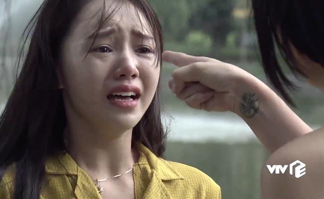 """Quỳnh Kool có thời làm tiểu tam bất đắc dĩ đối đầu với My sói trong """"Quỳnh búp bê""""."""