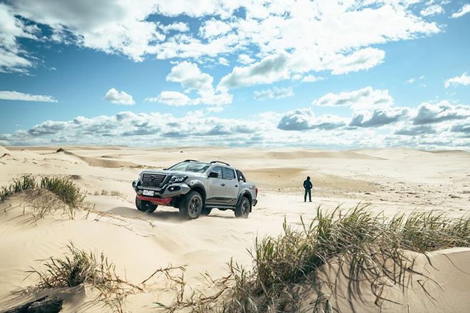 Nissan trình làng phiên bản off-road đỉnh nhất của bán tải Navara - 11
