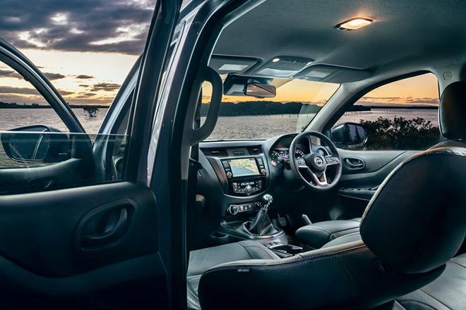 Nissan trình làng phiên bản off-road đỉnh nhất của bán tải Navara - 9