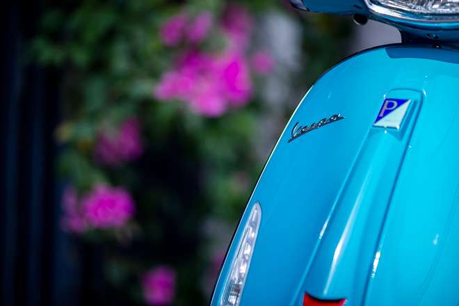 """So sánh Vespa Sprint với Honda Sh150i: """"Kẻ tám lạng, người nửa cân"""" - 7"""