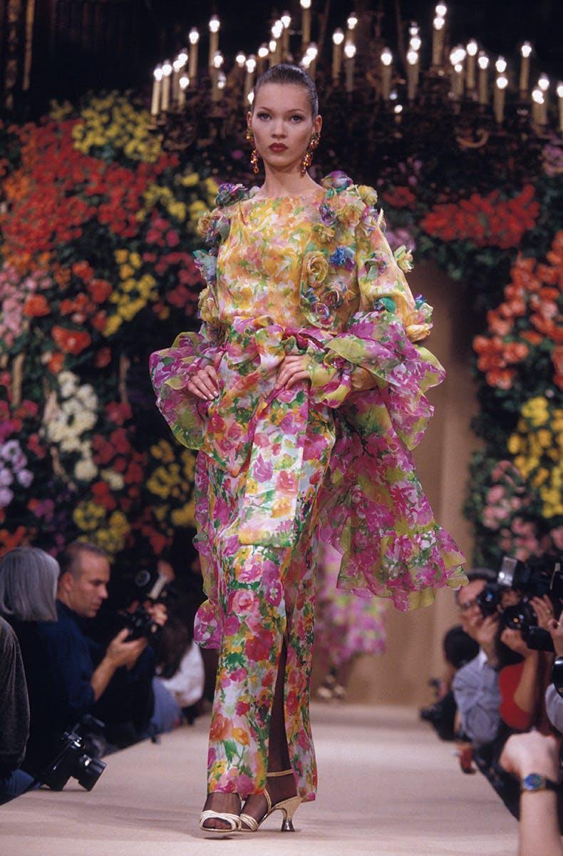 Nhưng show diễn Haute couture khó quên nhất lịch sử thời trang - 1