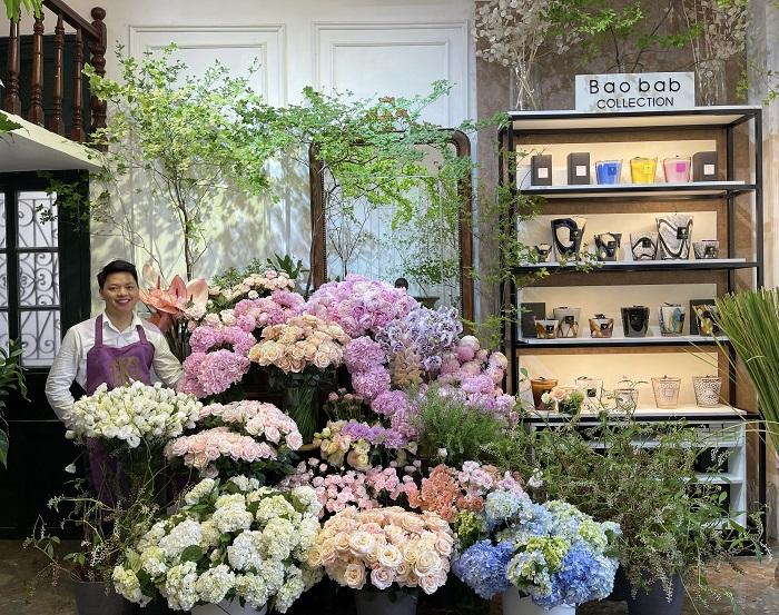 Từng đi vặt lá mai thuê, nay 9x thu về cả tỷ đồng/tháng từ đam mê hoa lá - 1
