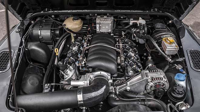 """""""Hàng hiếm"""" Land Rover Defender bản độ 6 bánh về tay đại gia Campuchia - 12"""
