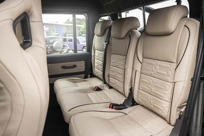 """""""Hàng hiếm"""" Land Rover Defender bản độ 6 bánh về tay đại gia Campuchia - 10"""