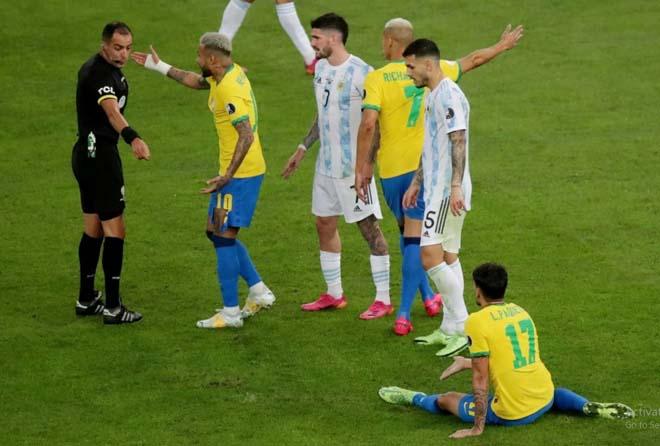 """Neymar khóc nức nở chung kết Copa America: Bị """"chặt chém"""" tơi tả, câu 5 thẻ vàng - 1"""